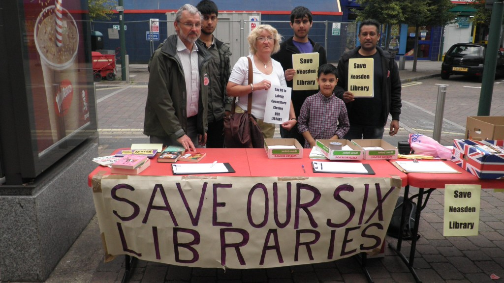Alison Hopkins campaigning for Brent libraries