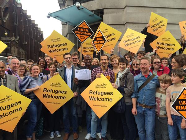 Caroline Pidgeon camapigning with London Lib Dems to welcome refugees